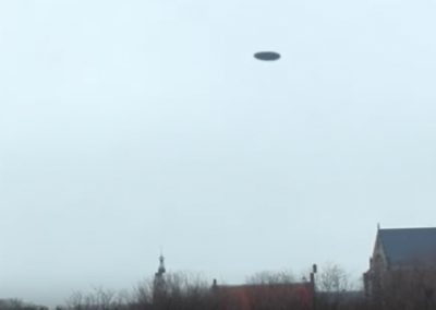REAL UFO above Alkmaar Attacked by Dutch Airforce!
